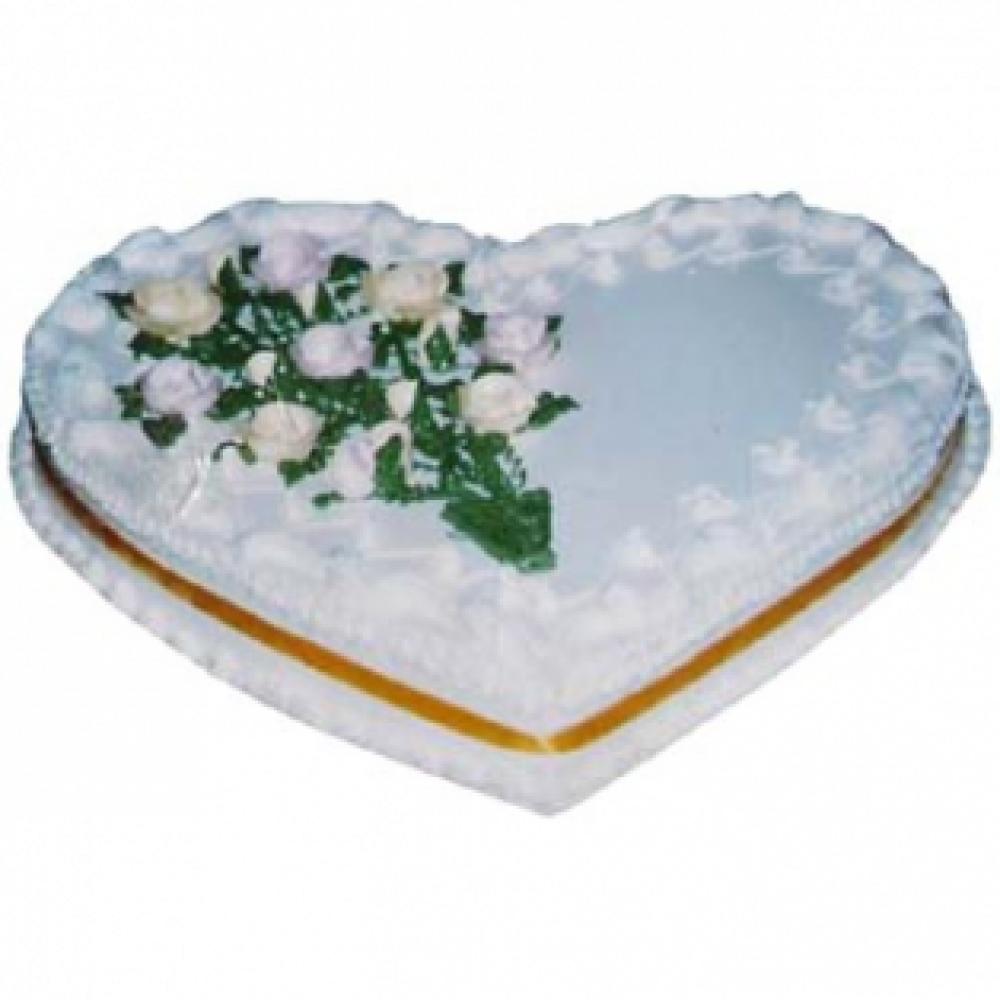 Cooper's – 6.6 Pounds Vanilla Heart Shape Cake