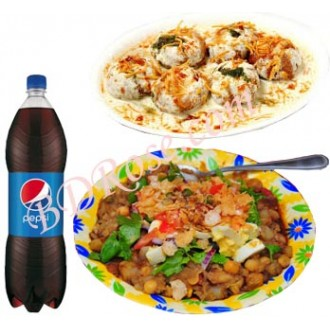 Doi Fuchka with Chotpoti and Pepsi