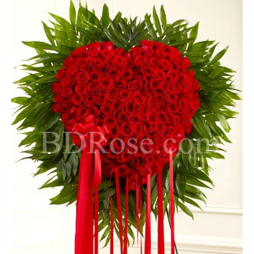 100 pcs red roses in heart shape basket
