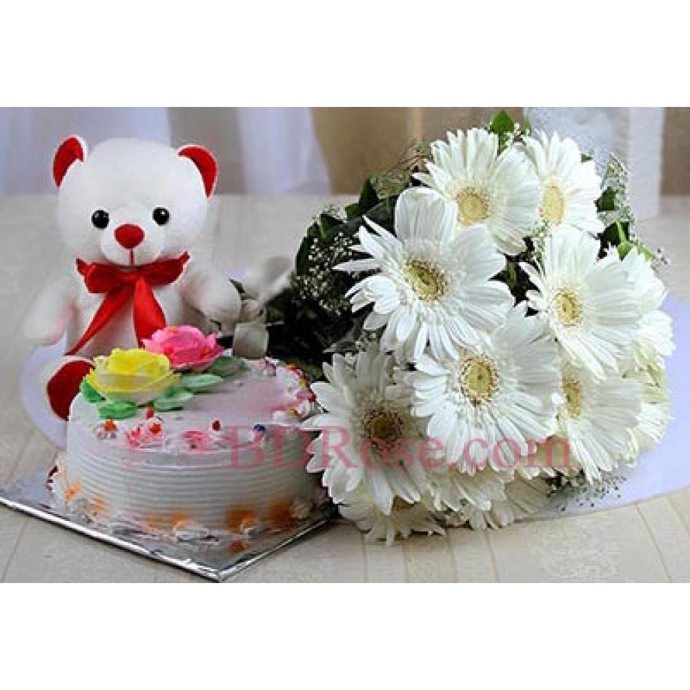 Cake W/ bear & Gerbera