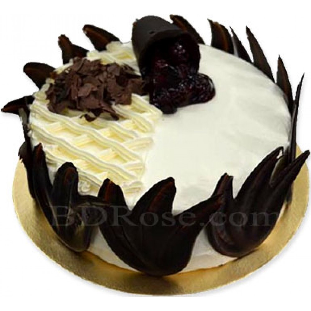 California- 2.2 Pounds New Black Forest Round Cake