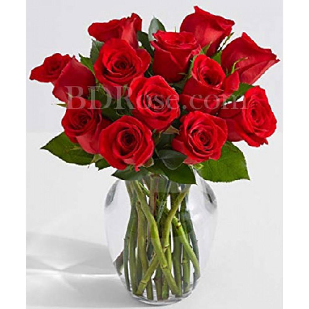1 dozen red roses in vase