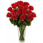 18 pcs red roses in vase