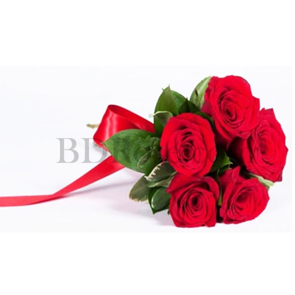 5 pcs red roses in bouquet
