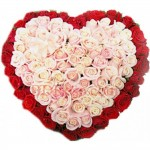 100 pcs red and white mixed heart shape roses basket